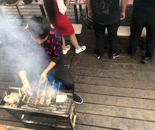 十八湾大草坪烧烤